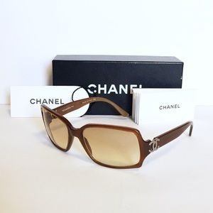 Authentic Chanel brown 5030 sunglasses CC w/box